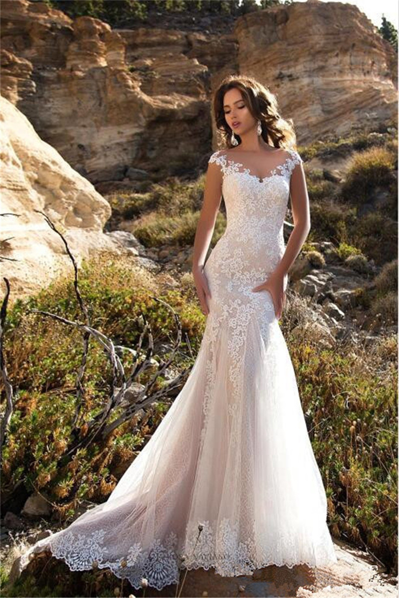 2020 Sheer Scoop Neck Mermaid Wedding Dresses Slim Appliques Lace Fishtail Bridal Gowns Custom Spring Plus Size Bride's Gown