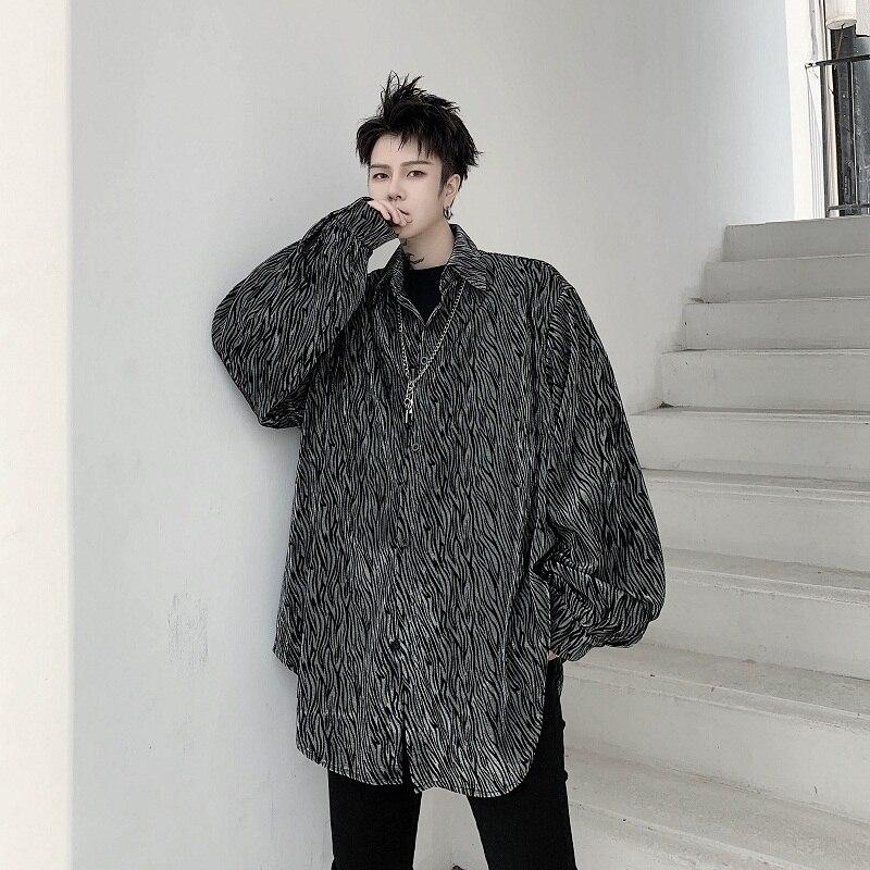 2020 New Men Shiny Velvet Long Sleeve Casual Shirt Male Streetwear Hip Hop Vintage Loose Shirt Outerwear