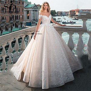 Image 4 - Vintage Ball Gown Wedding Dress  2020 Off the shoulder Lace Beading Bridal Dress 3D Flowers Appliques Princess Wedding Gowns