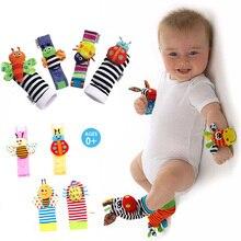 Bilek kayışı çıngıraklar hayvanlı çoraplar oyuncak yeni bir çift 2 adet/takım bebek bebek yumuşak Handbells el ayak gelişim oyuncaklar 0 12Months