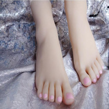 21CM Real female foot mannequin Blood vesse Silicone Photography Silk Stockings Jewelry soft Silica gel doll one piece D200 one piece burning blood gold edition цифровая версия