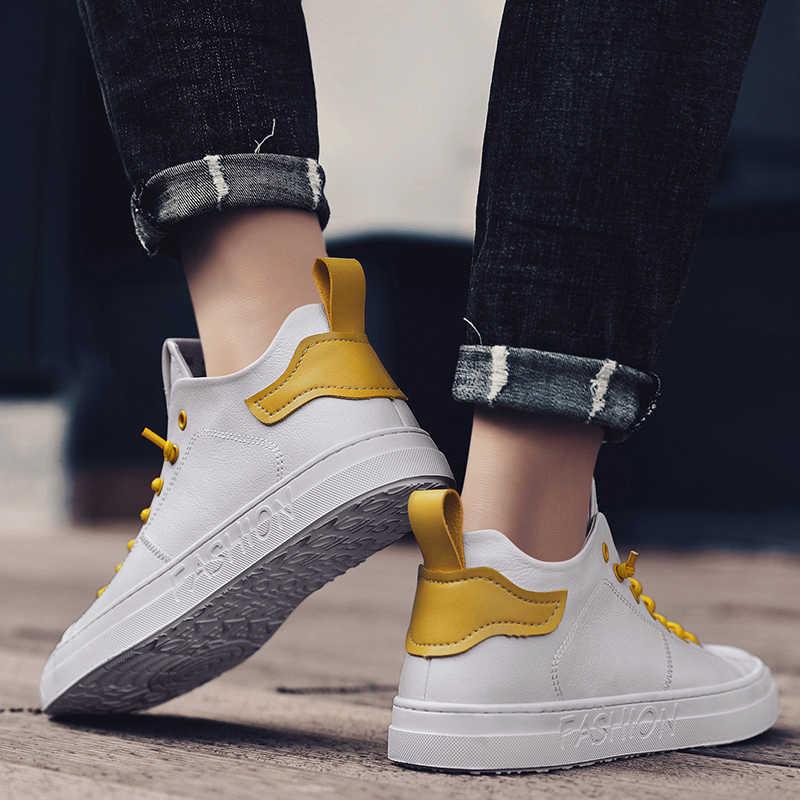 高品質メンズスケートボードの靴フラットプラットフォーム白スニーカーレトロ靴ジョーカーストリートファッションのスポーツの靴