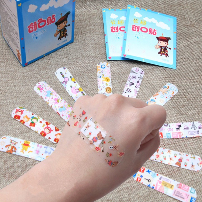 100PCS/Pack Waterproof Cute Cartoon Band Aid Hemostasis Adhesive Bandages First Aid Emergency Kit For Kids Children