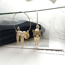 Handmade Shaking 3D Cat Golden Hoop Earrings For Women Animal Fashion Jewelry H8WF