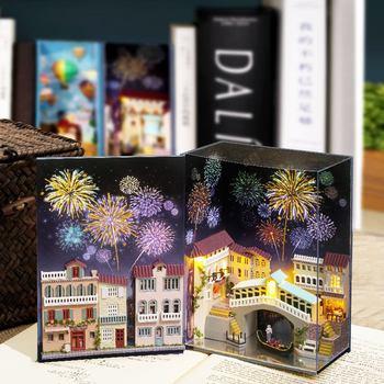 CUTEBEE Dollhouse Wooden Book Nook Inserts Art Bookends DIY Bookshelf Miniature Doll House Diy Casa Toys For Kids