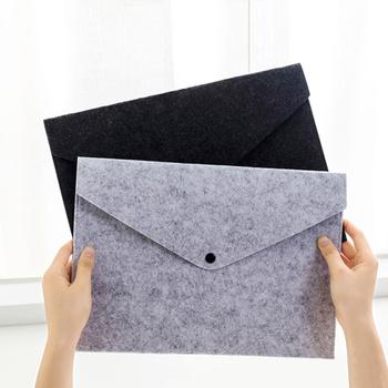 4 szt Teczki na dokumenty A4 Folder z filcu kolor Folder na dokumenty przenośny uchwyt z filcu dokumenty foldery na zatrzask teczka torba wit tanie i dobre opinie AE (pochodzenie) Other