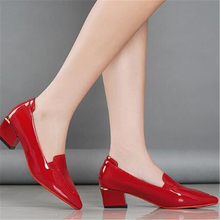 цена на Women Semi-High Heeled Wedding Shoes Pointed Red Middle Heel Shoes Small Red Shoes Red Bottom High Heels Women Heels