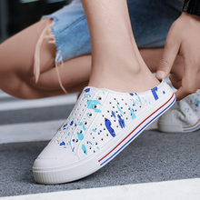 2020 Women's Casual Flats Breathable Sandals Valentine's Day Lovers Semi-slippers Crocs