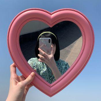 INS Love Mirror pulpit lustro kosmetyczne lustro do makijażu ściennego podwójne zastosowanie dziewczyna dekoracja ścienna lustro w kształcie serca tanie i dobre opinie Nie posiada CN (pochodzenie) plastic Lusterko do makijażu as show Powiększające Vanity Mirror Mirror Wall Makeup Mirror