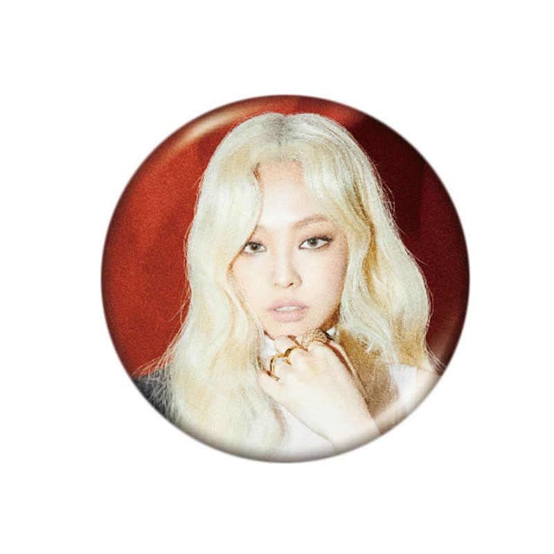K-POP Nero Spille K Album Spilla Spille Accessori Distintivo per I Vestiti Cappello Zaino Decorazione 1 Pcs Personalizzabile Spilla Custom Spilli