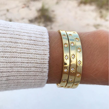 Zarte frauen öffnen armbänder & armreifen shinny sterne lünette klar CZ zirkone frauen manschette armreifen modeschmuck chic bracelts