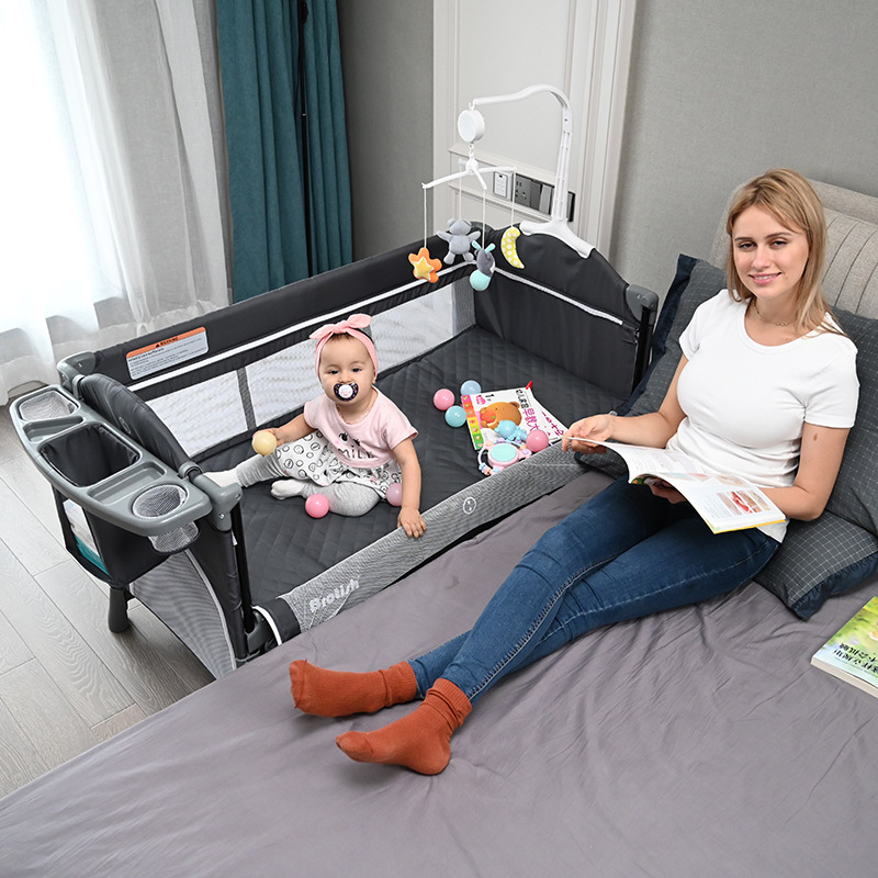 Multifunctional Foldable Crib Splicing Large Bed Removable Baby Bedside Bed Cradle With Bed Diaper Table And Toy Stand