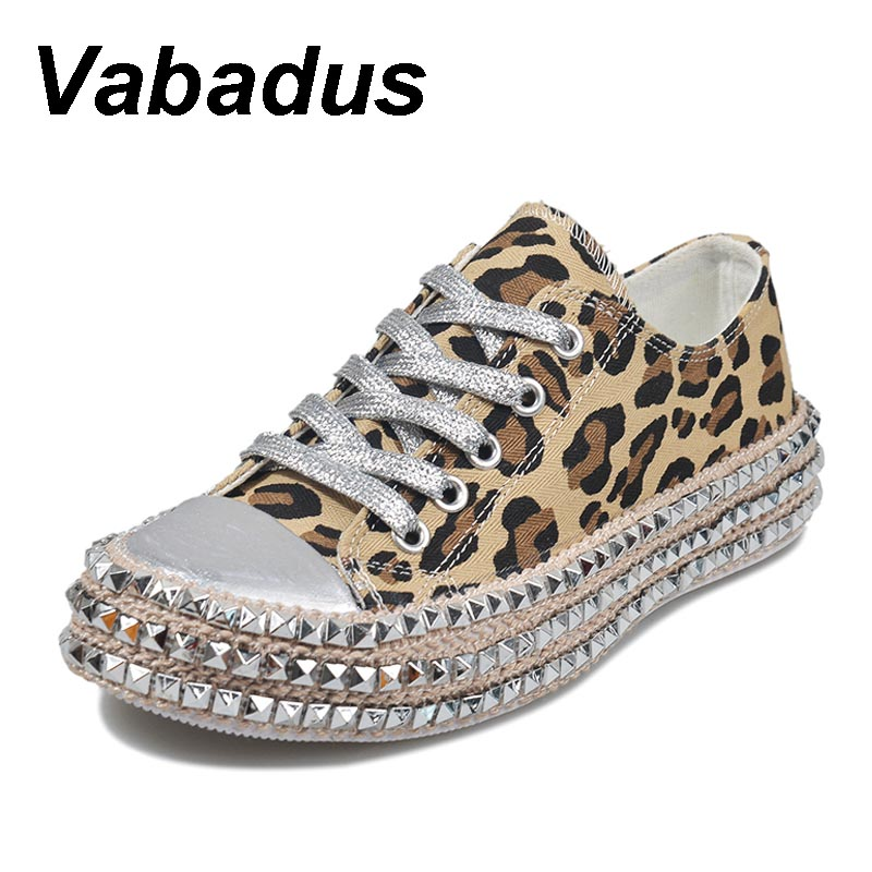 Women Leopard Rivet Embellished Lace Up Casual Canvas Shoes Mid Heel Sneakers