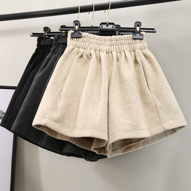 Autumn Winter Elastic Waist Woolen Shorts Women Fashion Ladies Short Femme Wide Leg High Waist Women Shorts Black Shorts C5784