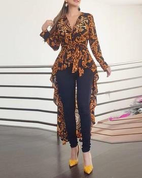 цена на 2020 Women Stylish Asymmetrical V-Neck Top Casual Fashion Shirt Baroque Print Long Sleeve Dip Hem Blouse