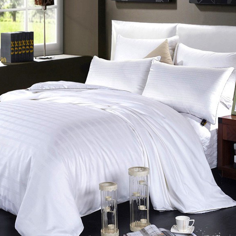 Pure 100% Natural Mulberry Silk Filling Duvet Filament Silk Quilt 3 Kg To 4 Kg And Pillows 7 Pieces Set Customize