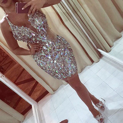 Sexy Sparkle Crystal Mini Cocktail Dresses 2020 Luxury Beaded Short Homecoming Party Dress Sheath Chic Prom Gowns V-neck