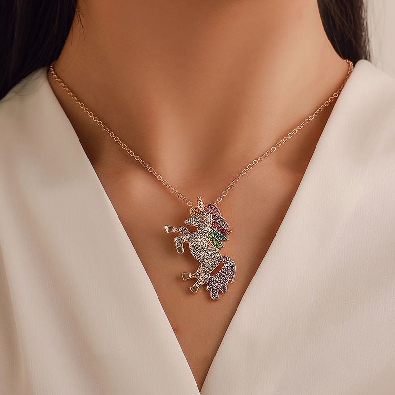 Hot-selling unicorn initial  necklace color micro-encrusted water drill colt neck chain schelpen ketting