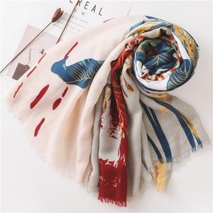 Image 4 - Borla de algodón para bufanda de verano de gran tamaño patrón de flores protector solar chal grande de seda toalla o pañuelo de playa para mujer