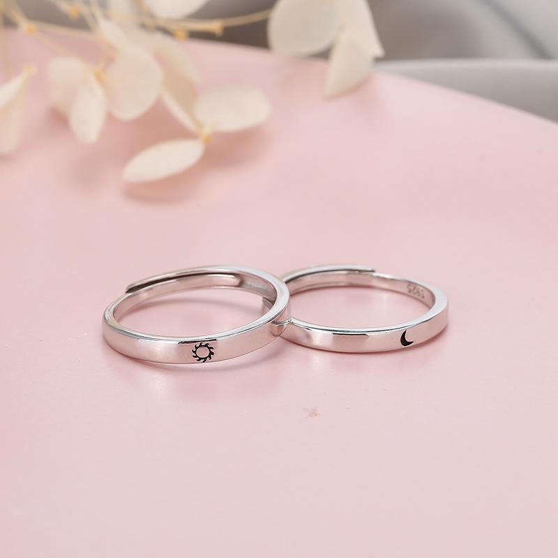 Кольцо leouerry для пар серебристого цвета с изображением Солнца
