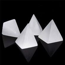 1pcs Natural Selenite Pyramid Home Decor Stones White Crystal Chakra Energy Healing Stones 1pcs natural selenite pyramid healing chakra energy stones white quartz home decoration