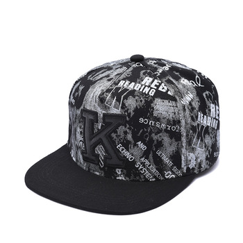 Korean fashion men and women hip-hop letter baseball cap hip-hop trend personality flat-brimmed hat outdoor casual travel hat new patchwork hat stars personality baseball cap hip hop kpop cap men and women teenagers