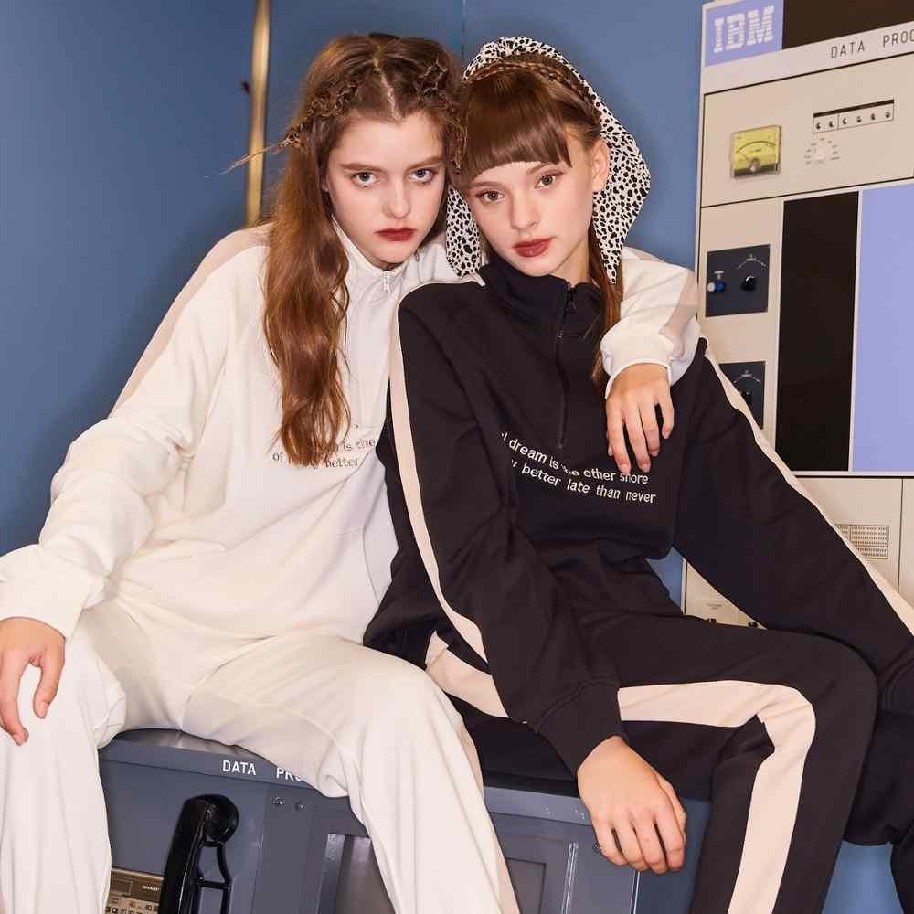 Metersbonwe 2020 봄 여성을위한 새로운 높은 칼라 스웨터 편지 레이디 패션 대비 컬러 레저 스웨터 여성