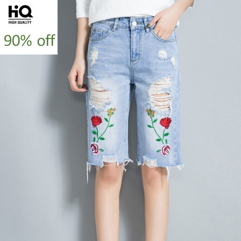 Jeans Woman Summer 2020 New Fashion Casual Knee-Length Jean Pants Hole Ripped Embroidery Floral Denim Trouser Women Plus Size