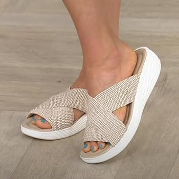 Kapcie damskie buty na co dzień sandały na platformie damskie slajdy solidne wygodne buty na płaskiej podeszwie Plus rozmiar krzyż lato 2021 plażowe damskie kapcie tanie i dobre opinie HULINGMEI Wsuwane Cotton Fabric CN (pochodzenie) Płaskie z RUBBER Med (3 cm-5 cm) 0-3 cm LEISURE Dobrze pasuje do rozmiaru wybierz swój normalny rozmiar
