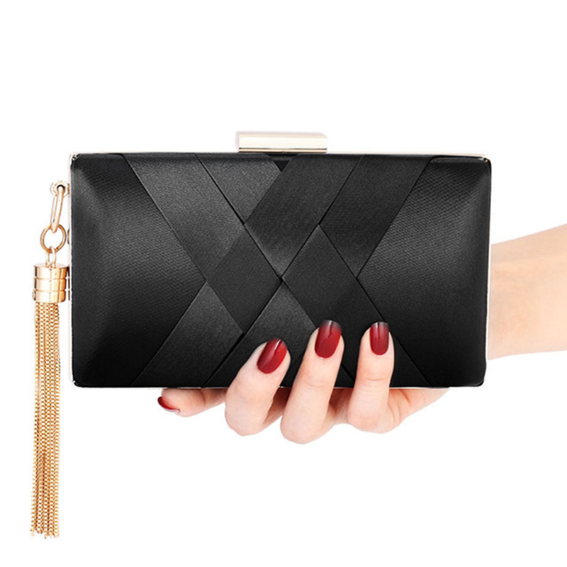 Hot Lady Clutch Bag With Metal Tassel Chain Shoulder Handbags Classical Style Small Purse Day Evening Clutch Bags Bolsa Feminina