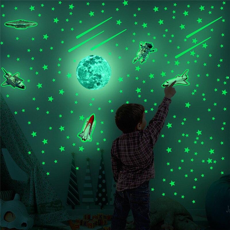 Lueur dans le vaisseau spatial sombre fusée autocollant mural pour enfants garçon chambre lumineux Fluorescence autocollants décoratifs Adesivo De Parede