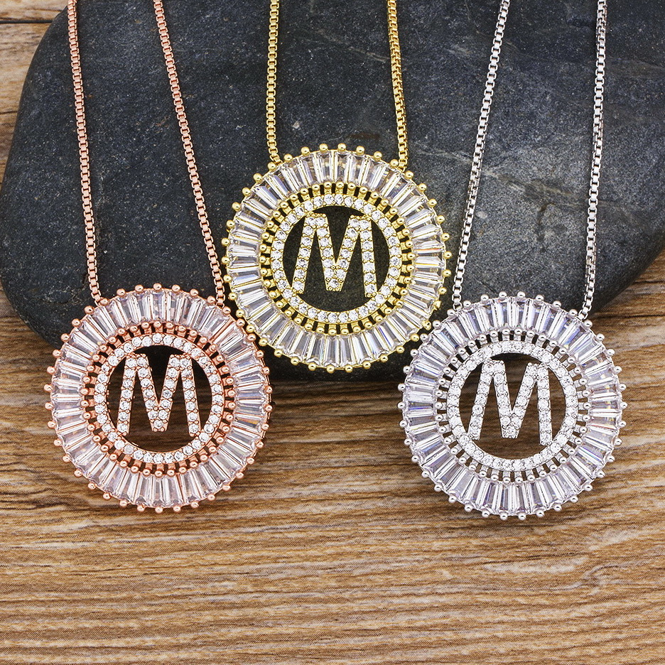 Hot Sale A Z Initials 3 Colors Chooses Micro Pave CZ Letter Pendant Necklaces For Women Charm Chain Family Jewelry Gift