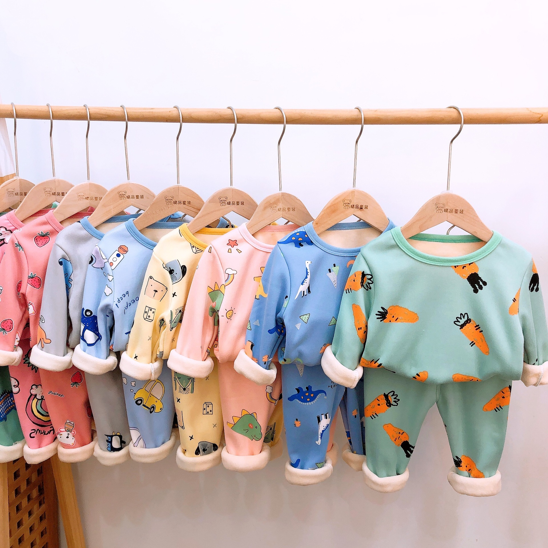 2020 Autumn Winter Thicken Velvet Children Pajamas Cartoon Family Boys Girls Clothing Set Kids Casual Sleepwear Suits Clothes 1