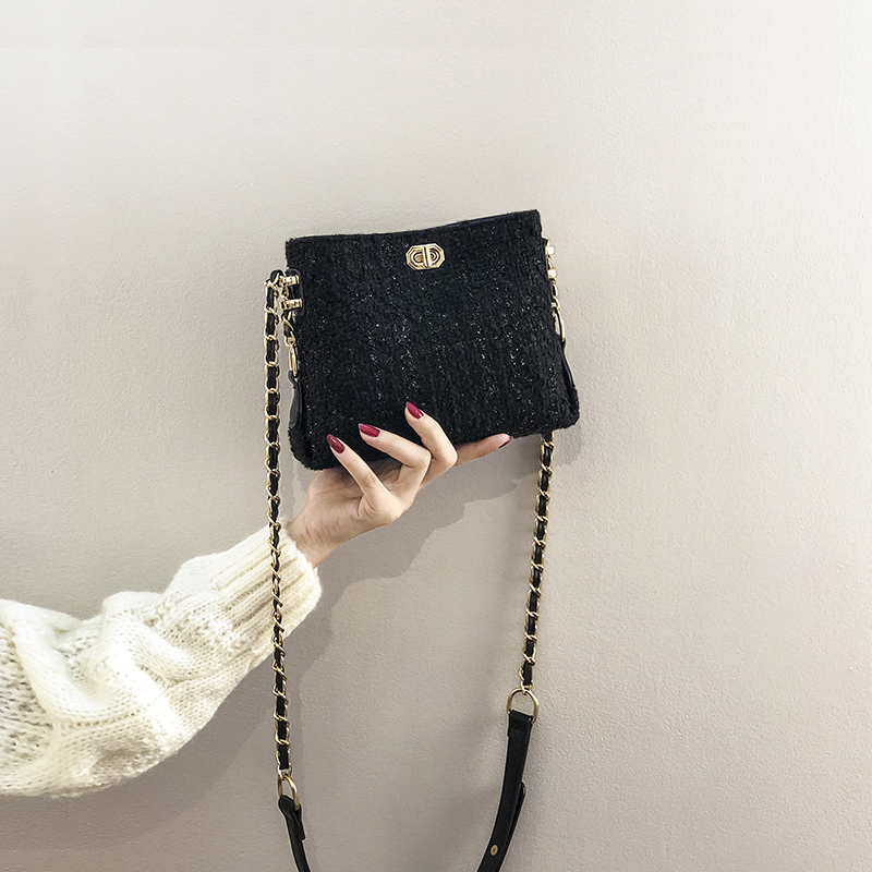 High level sense small bag women's new small CK women's bag in autumn and winter 2019, fashionable and all-around chain and cros