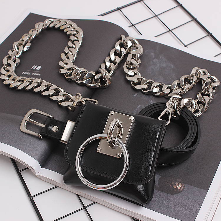 2020 Brand Design Wide Chain Mini Fanny Packs Black Pu Leather Waist Belt With Coin Bag Punk Street Ring Waist Packs Chest Bag