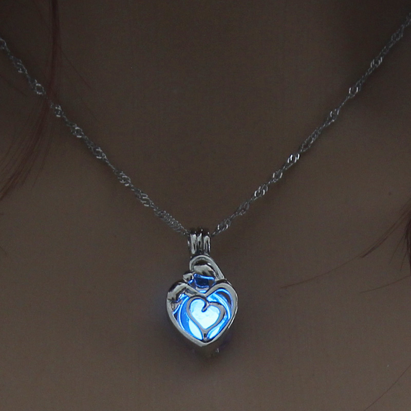 H4b1f9246518d4e0194ec49f7982c11deY - 3 Colors Glowing In The Dark Lotus Flower Shaped Pendant Necklace Charm Chain Delicacy Necklace Luminous Party Jewelry Women