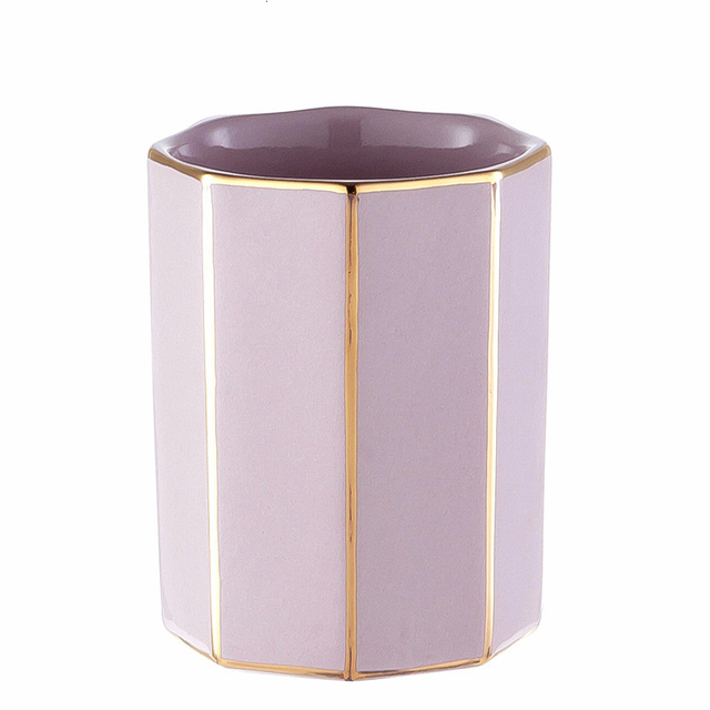 New European-style luxury pink bathroom four-piece set Ceramic bathroom wash set couple cup bathroom four-piece wedding gift