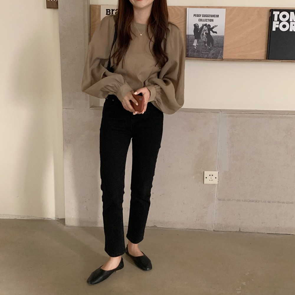 H4b24edcedad64a00a435be9e87e69eea4 - Spring / Autumn O-Neck Long Puff Sleeves One-Button Cuffs Loose Solid Blouse