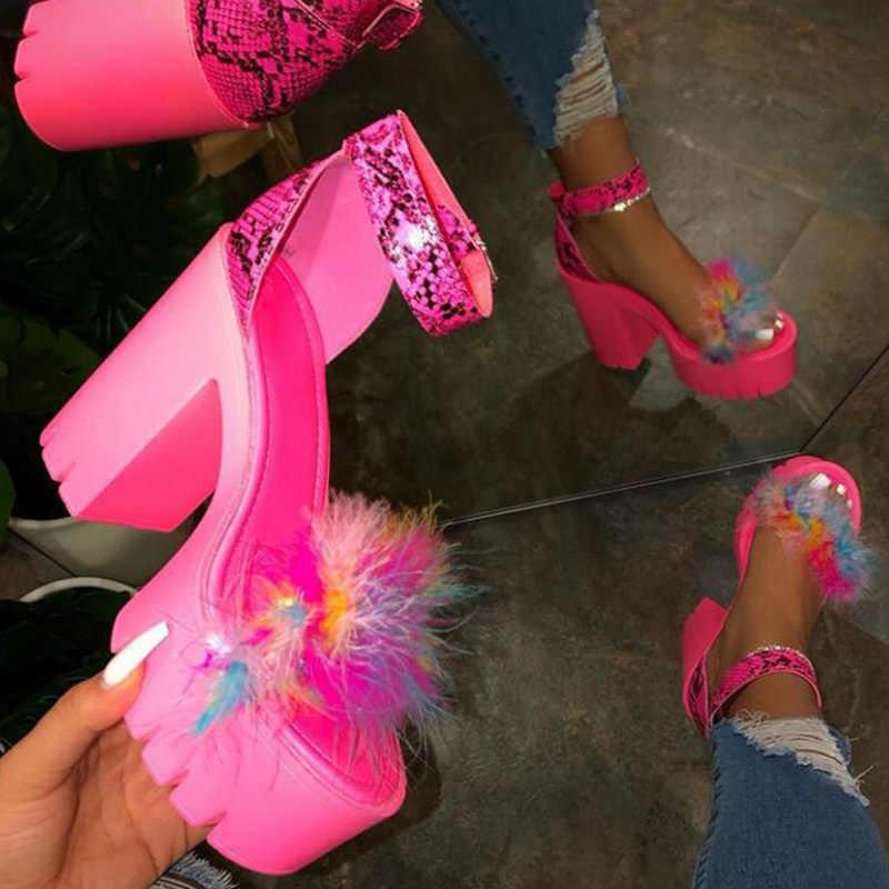 נשים אופנה עבה גבוהה עקבים סנדלי בלינג ריינסטון נעלי אישה קיץ גבירותיי אבזם סנדלים עקב סנדלי 2020