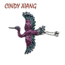 CINDY XIANG rhinestone uçan büyük kuş kadınlar için 2 renk mevcut ceket pin hayvan tasarım takı yüksek kalite