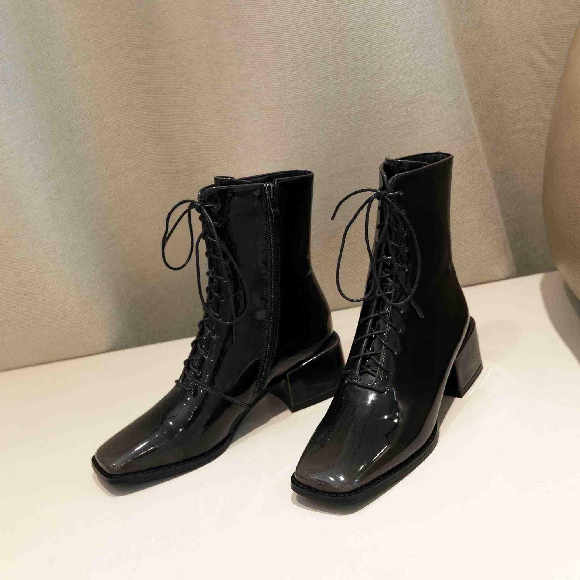 Krazing pot mikrofiber patent deri kare ayak med topuklu degrade renk lace up kadınlar zarif yüksek moda orta buzağı çizmeler L30