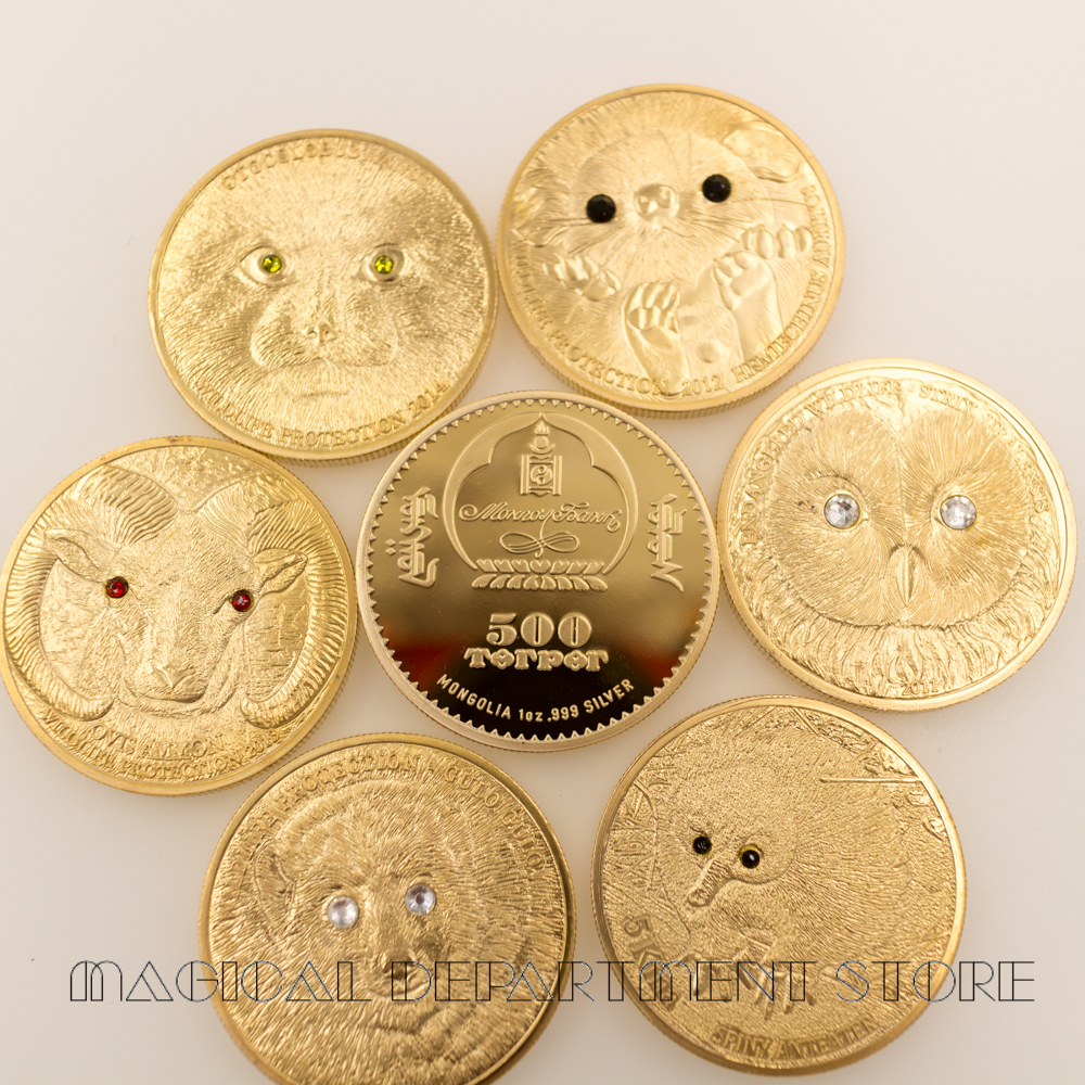 2K Gold Coin Unique Metal Coin Russian Design Cute Animal Coins Metal Crafts with Plastic Case for Home Decor and Collection