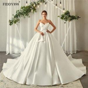 Image 1 - ロイヤルウェディングドレス 2020 V ネックソフトサテンのウェディングドレスふくらん夜会服フリルブライダルガウンロングトレイン Vestido デ noiva