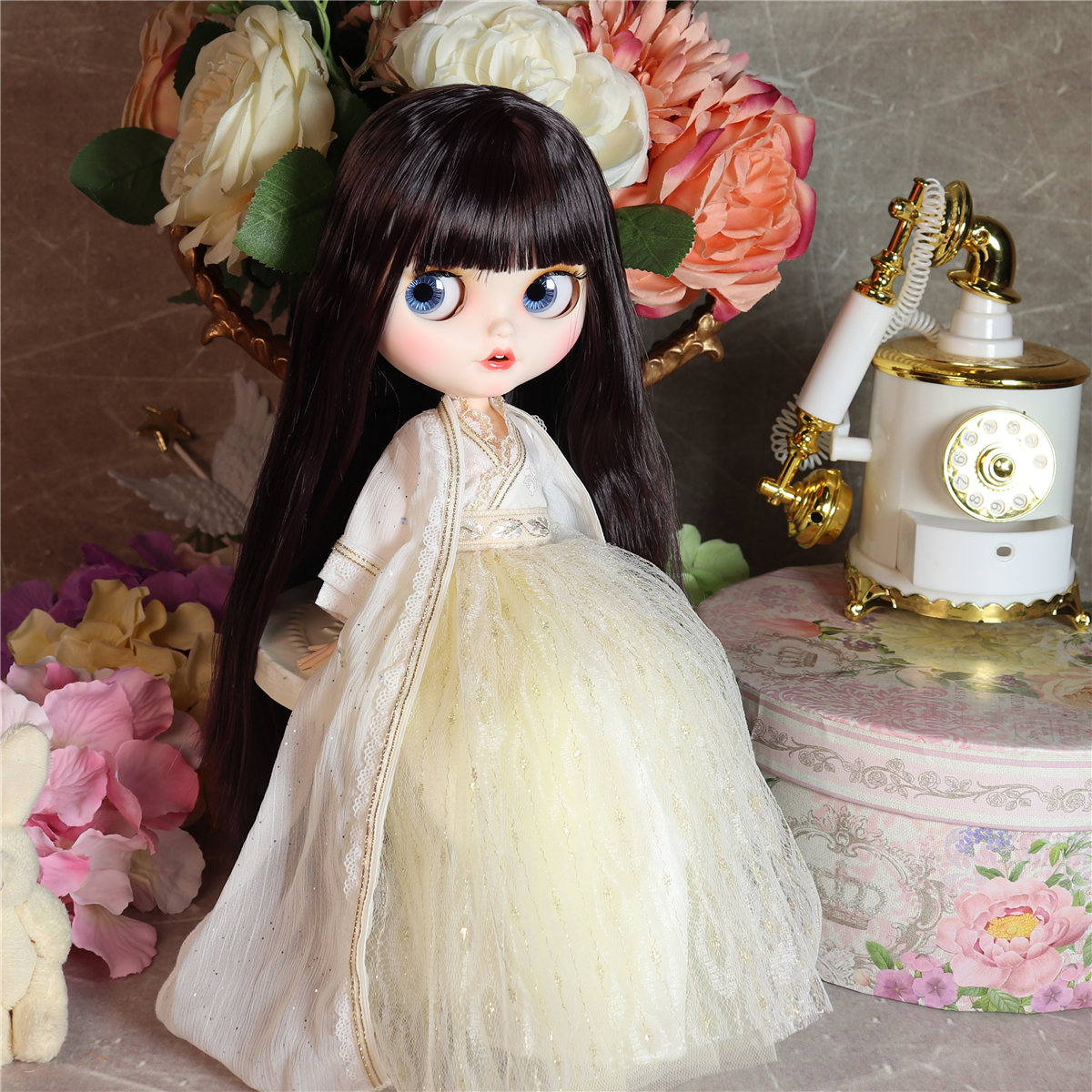Jacey – Premium Custom Blythe Doll with Smiling Face 4