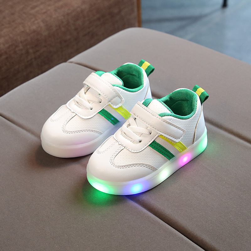 2020 New Glowing Sneakers For Girls Children Shoes With Light Led Shoes For Baby Girls Casual Shoes With Light Cocuk Ayakkabi