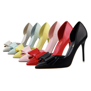 Bow Pointed Toe Pumps  4
