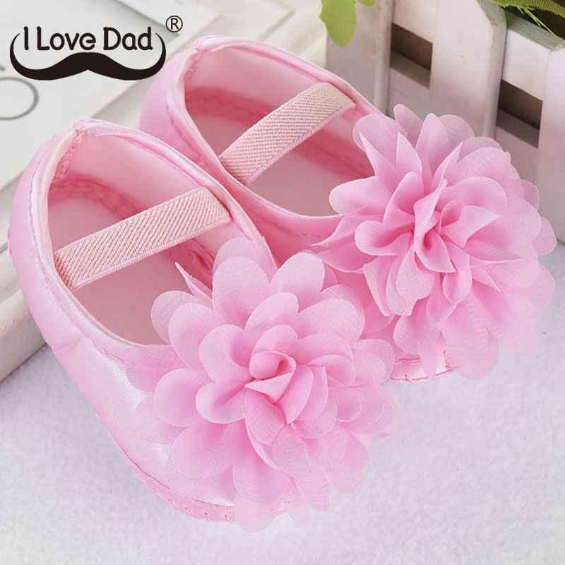 Yeni sevimli çiçek bebek kız ayakkabı yenidoğan Toddler bebek ayakkabıları yumuşak pamuk kaymaz İlk Walker ayakkabı