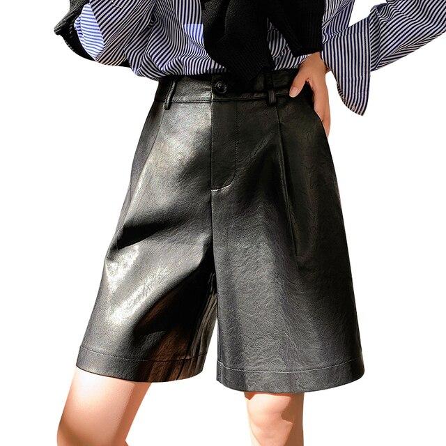 Shorts de couro pu com botões traseiros, moda feminina para outono e inverno, calção solta em couro com cinco pontos, plus size, S 3XL shorts com bermuda