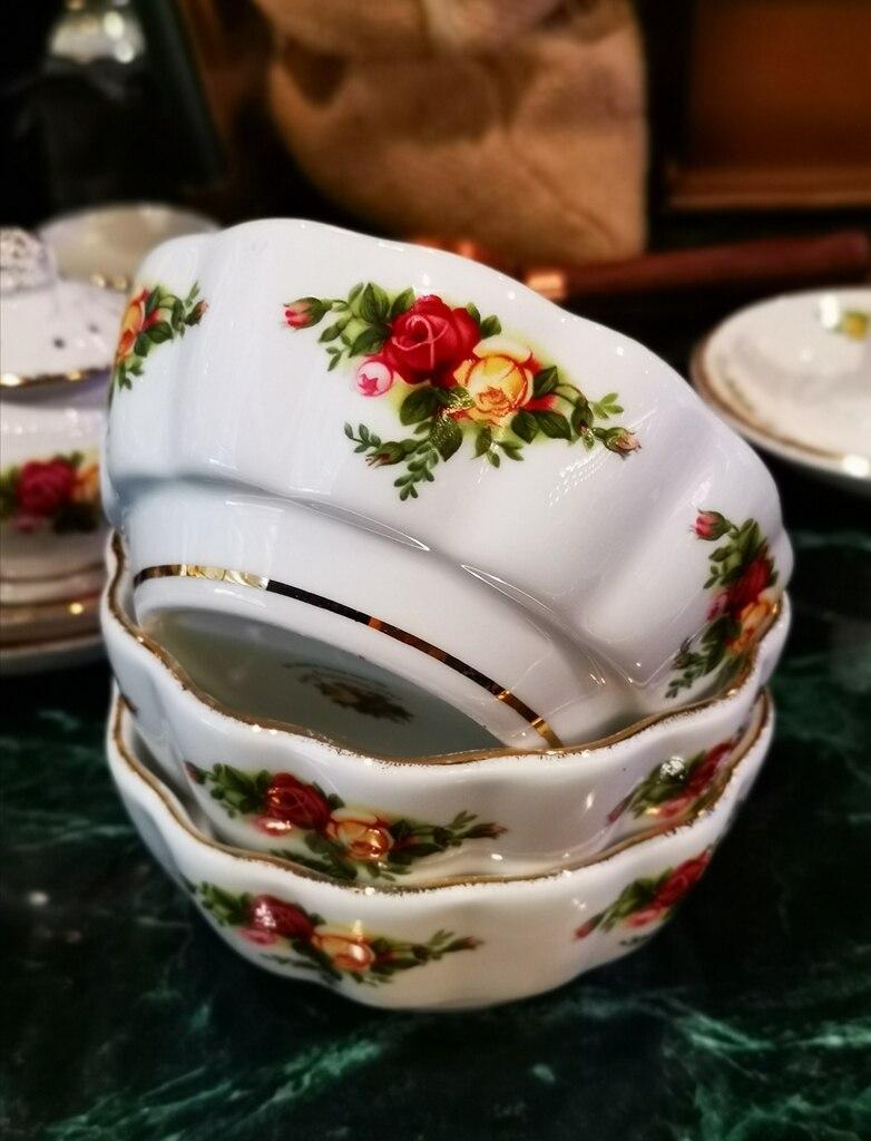 Guci assiette à dîner en porcelaine rose | relief créative fil os, rose vaisselle décorations de noël fil de maison, os gaufré, chine or