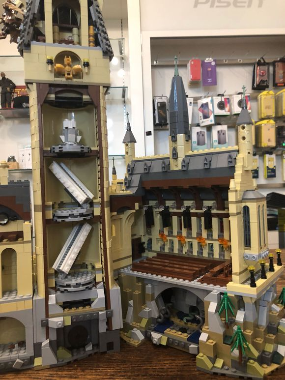 Harri Hogwart Magic Castle Film Piton Silente della Scuola di Magia Modello 6742Pcs Mattoni Building Block Giocattoli Per Bambini Film - 4